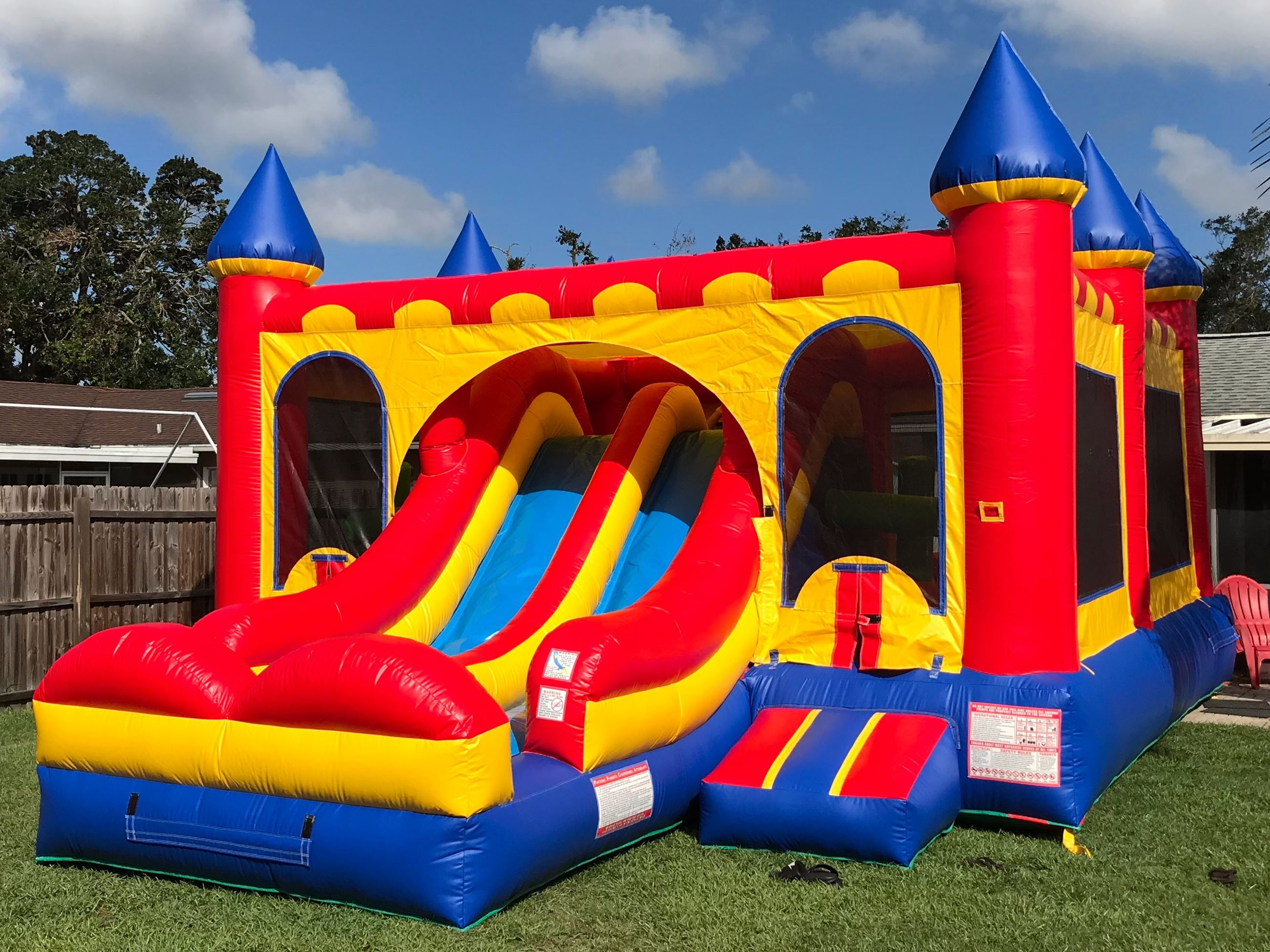 bounce house Opens in new window